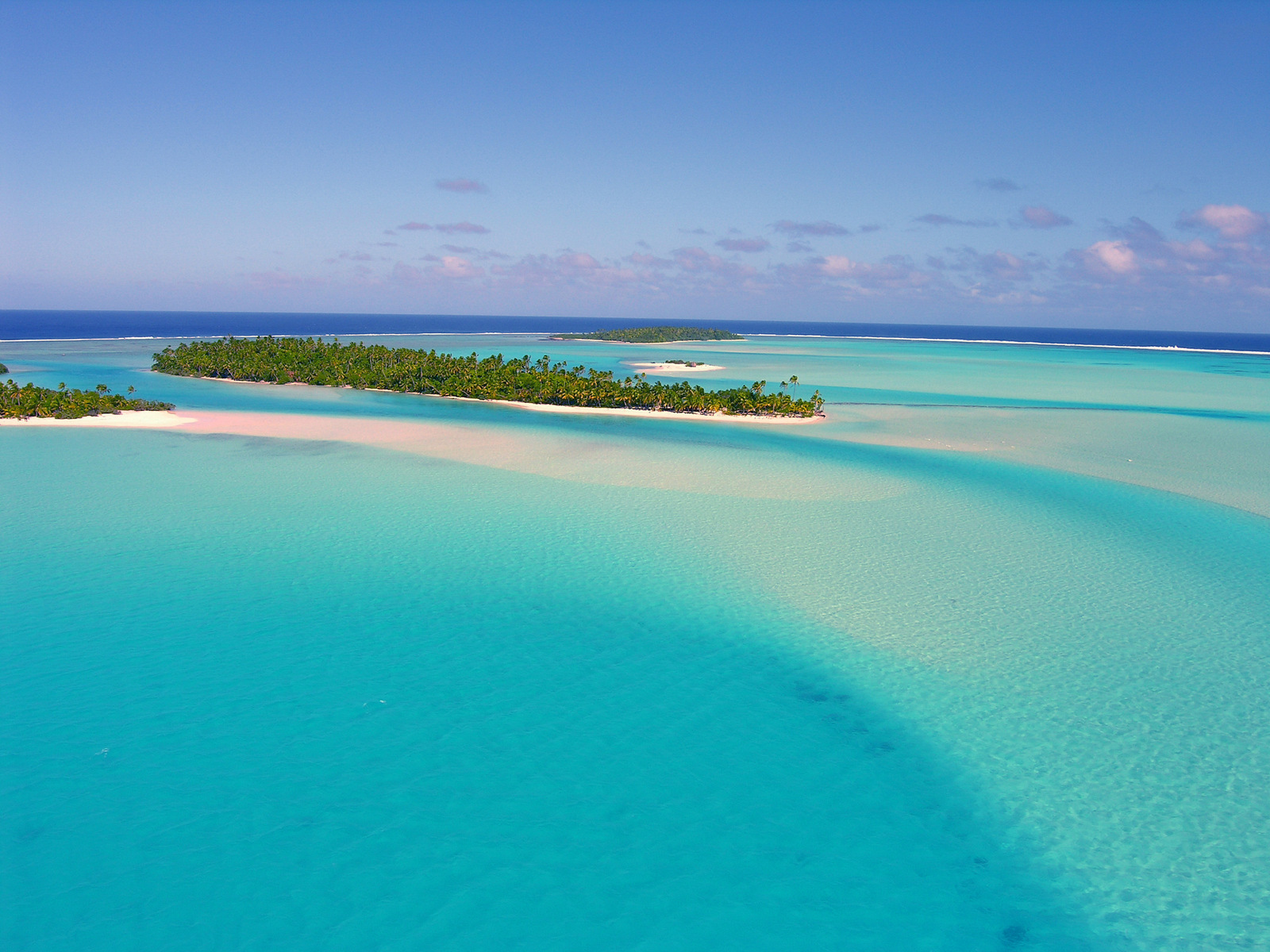Aitutaki Cook Islands Kitesurfing