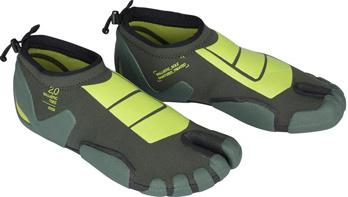 kitesurfing boots