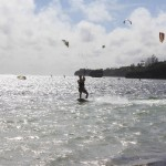 kitesurfing-in-the-sun
