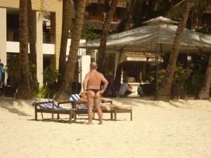 nice-butt-on-white-beach